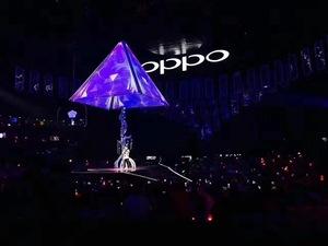OPPO演唱会——矩形阵列LED全息屏幕